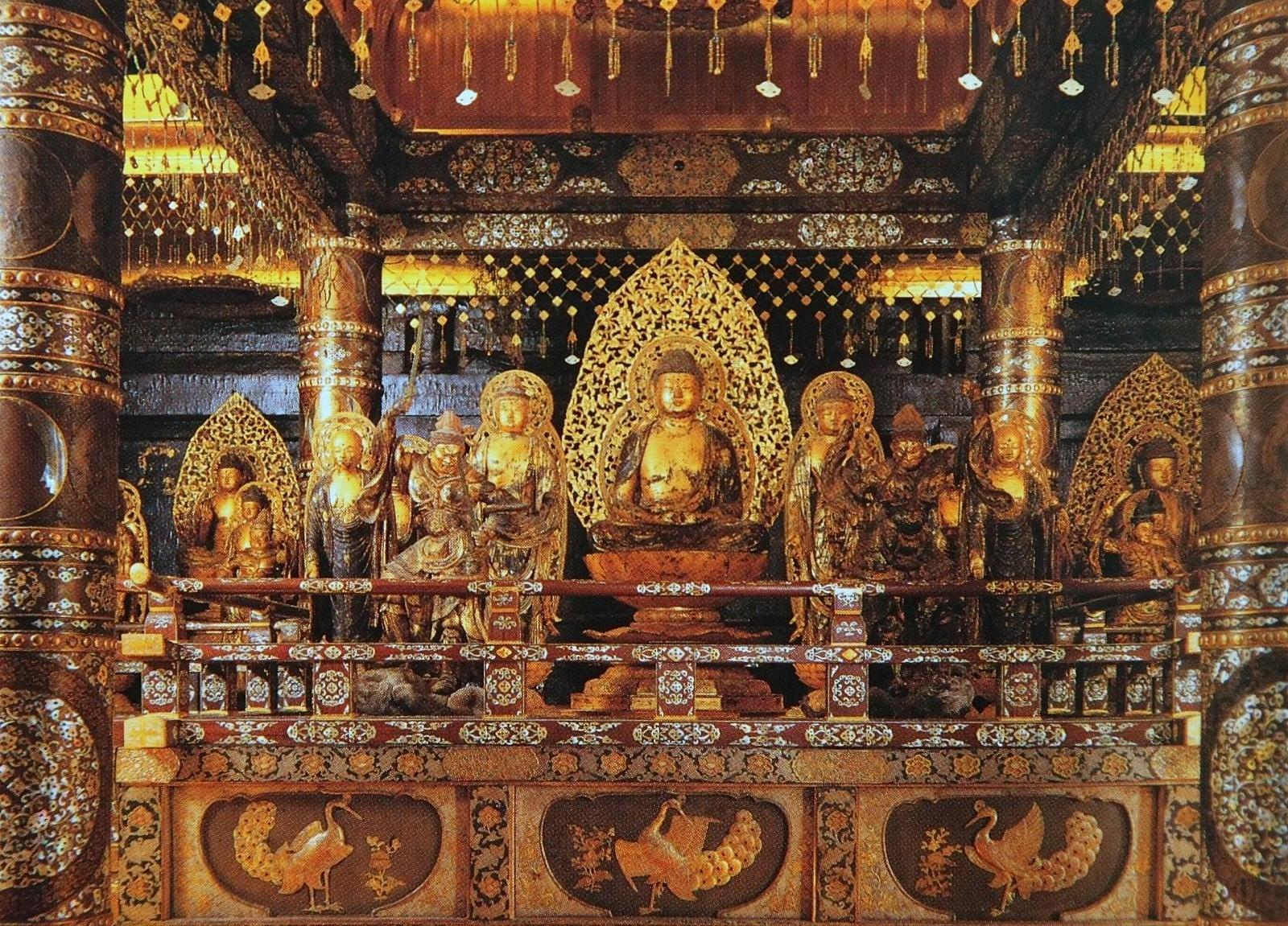 """Famouse temple by its """"Konjiki-do/golden hall"""