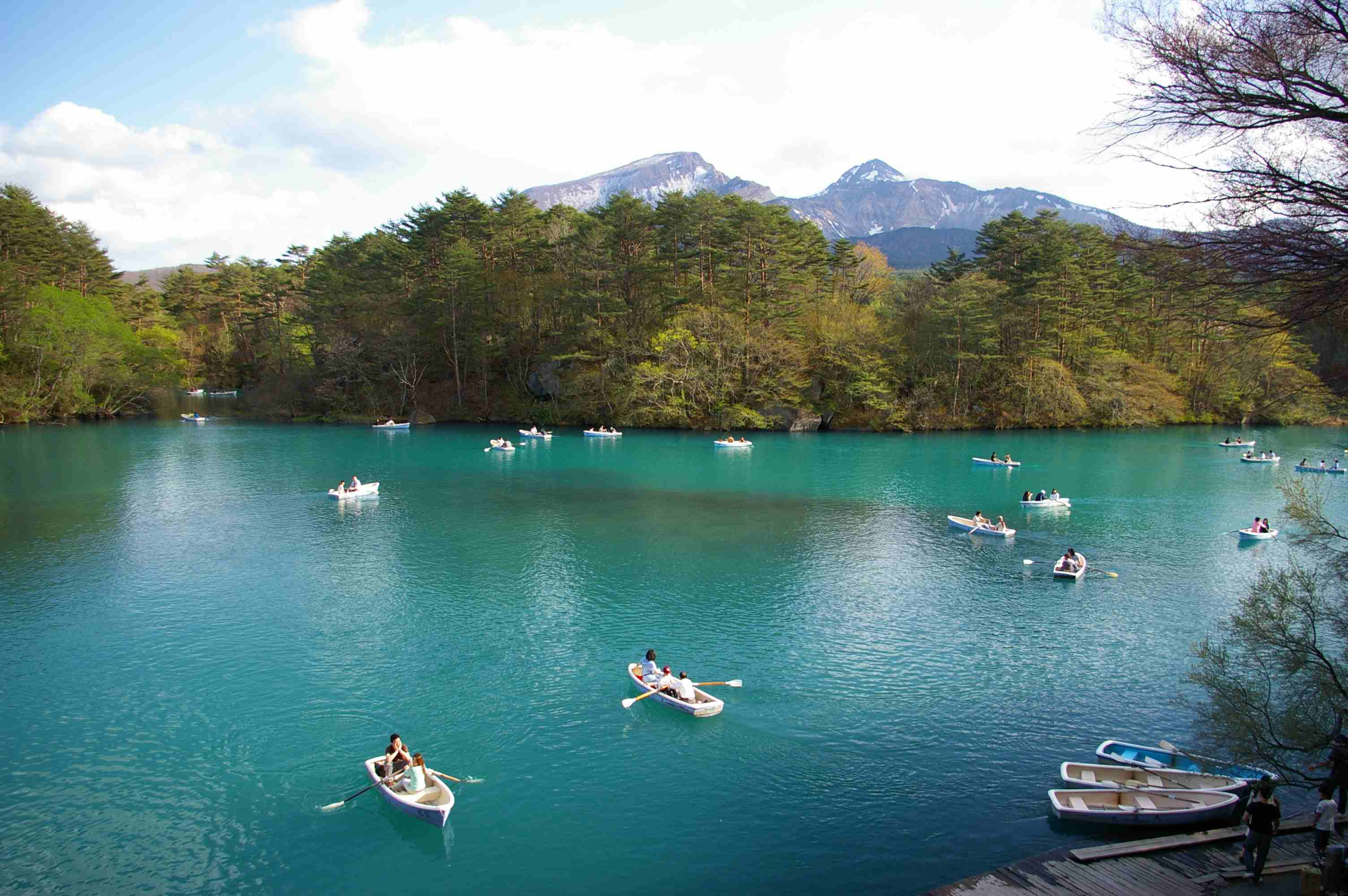 Goshiki-numa - A cluster of five volcano lakes